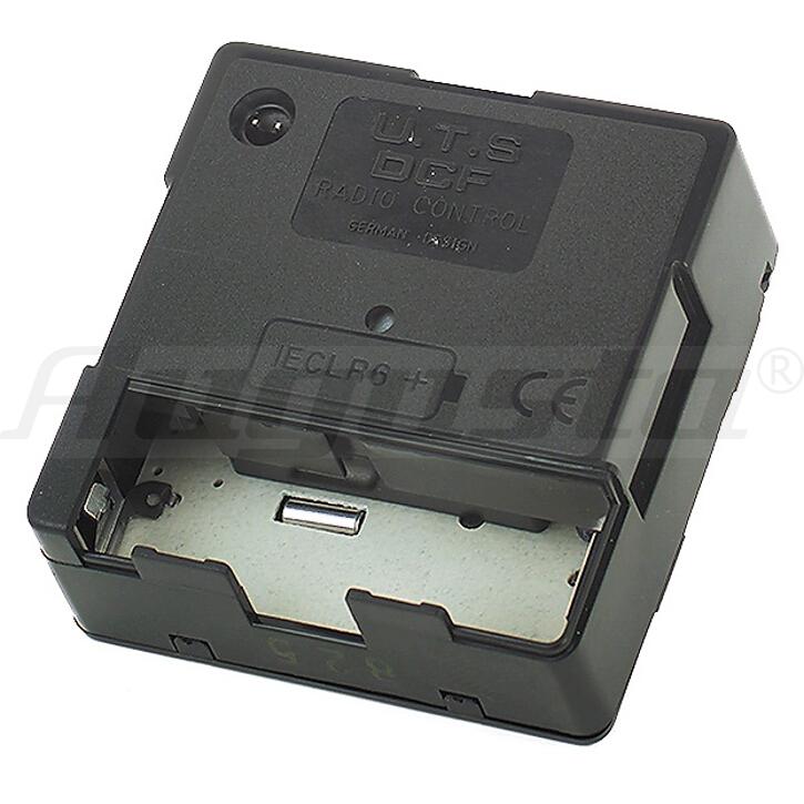 Funkuhrwerk UTS W700 17,8 mm unverpackt auf Palette