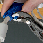 KNIPEX COBRA® Wasserpumpenzange mit Hieb, 125 mm